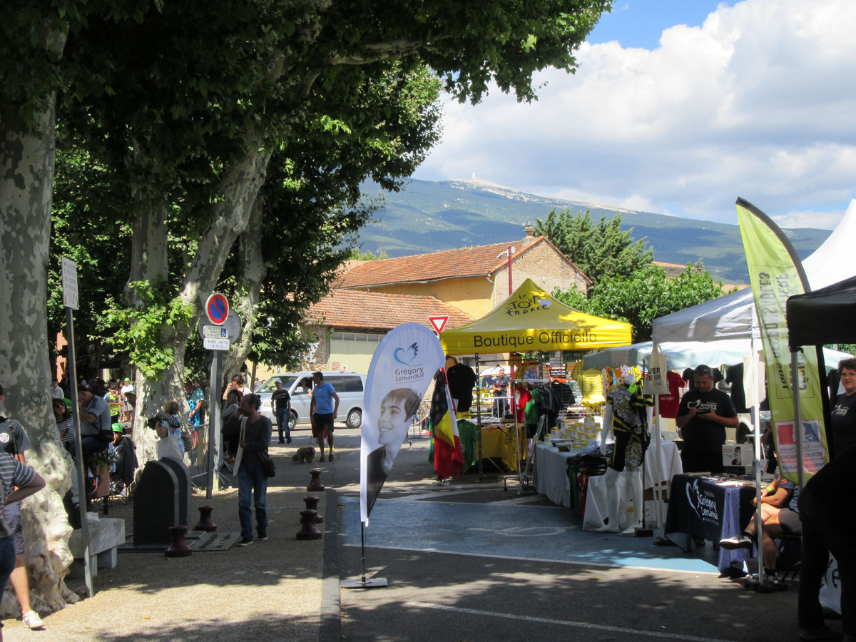 The Tour passing in Bédoin to the Mont Ventoux
